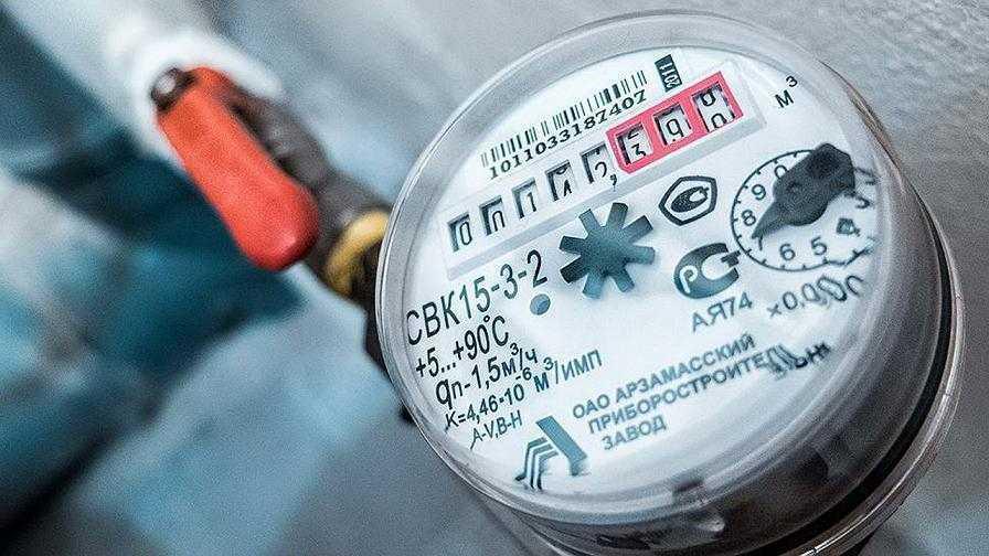 С 1 января за перерасход электричества и тепла в домах будут платить управляющие компании