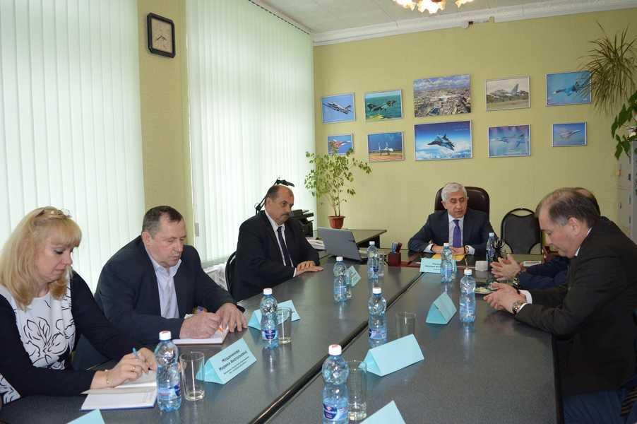 Ректор МАИ Михаил Погосян провел совещание по реализации проекта «Инженерный класс в школе» в городе Ахтубинске