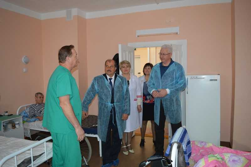 Председатель областного Правительства положительно оценил работу администрации Ахтубинского района