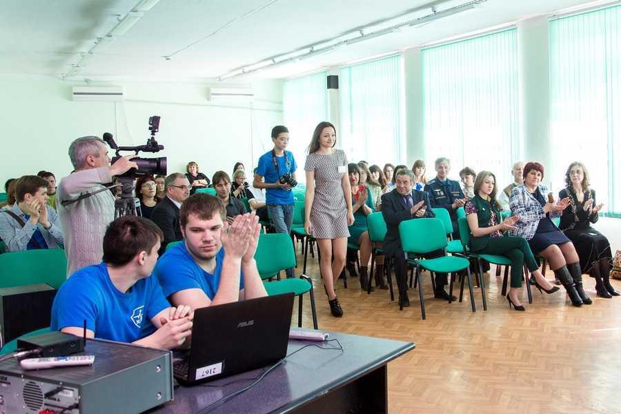 Ахтубинские студенты в Москве будут защищать честь филиала «Взлёт»