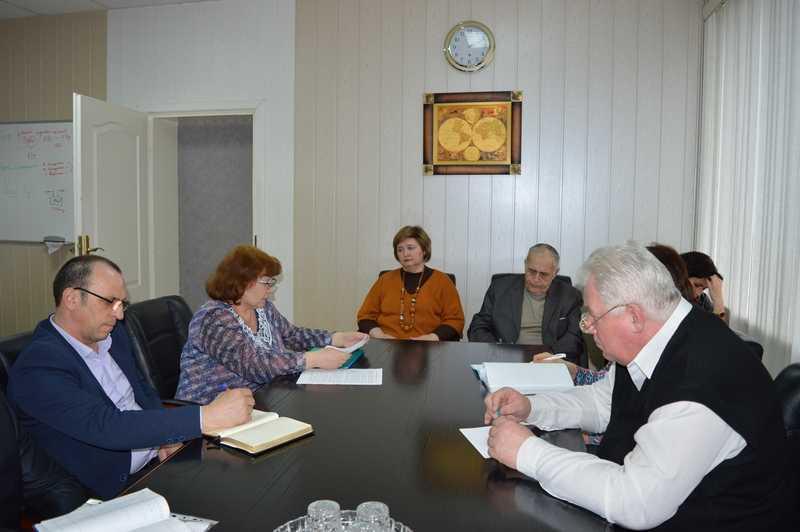 Состояние наркоситуации в Ахтубинском районе — такой вопрос стоял на повестке дня очередного заседания районной антинаркотической комиссии