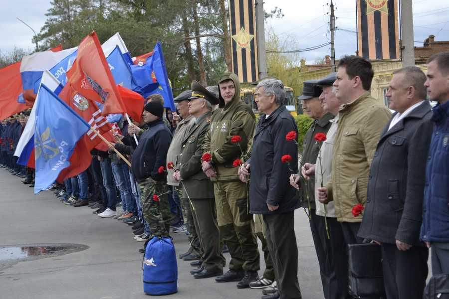 Автомарш Победы прошёл через Ахтубинск