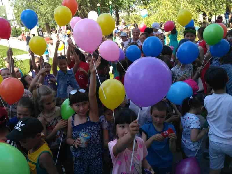 Ежегодный парад шаров стартовал в Ахтубинском районе