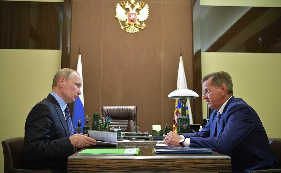 Губернатор Астраханской области Александр Жилкин встретился с Владимиром Путиным
