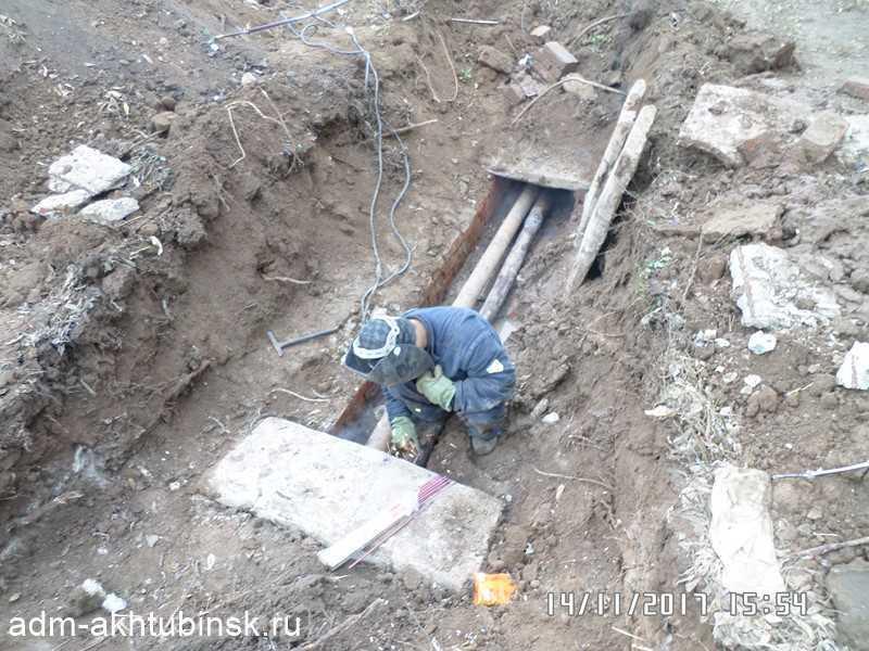 Устранение аварии у дома Сталинградская 17
