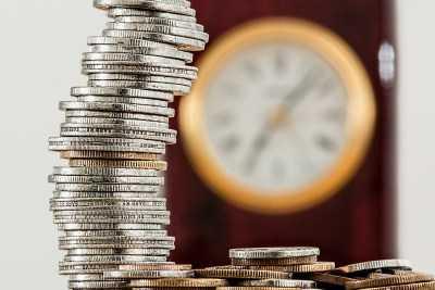 Регионам напомнили про повышение зарплат