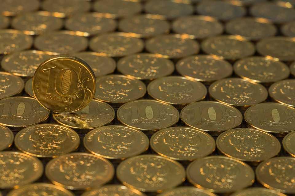 С 1 мая астраханцев ждут зарплатные изменения
