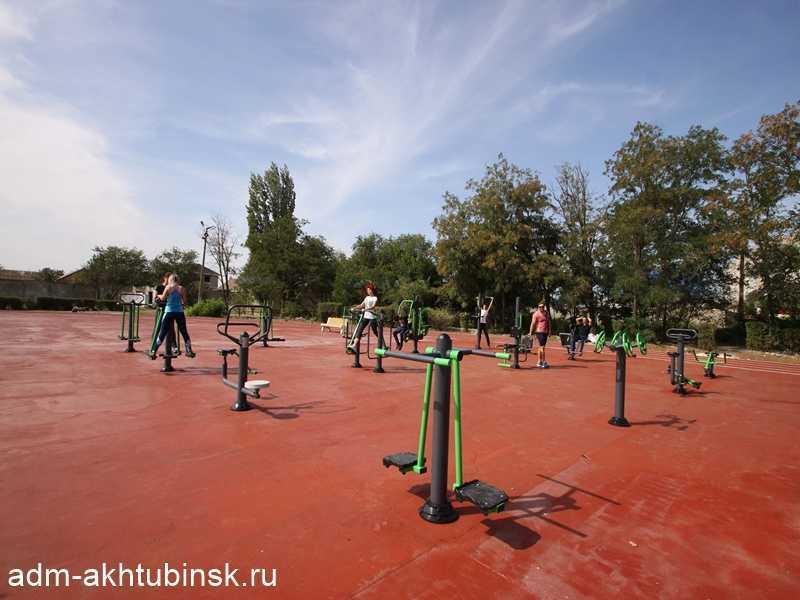 В Ахтубинске на стадионе «Волга» появилась новая спортивная площадка для силовых упражнений