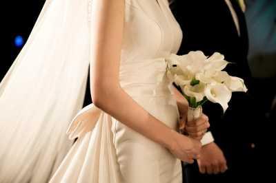 С 1 октября изменятся правила регистрации браков