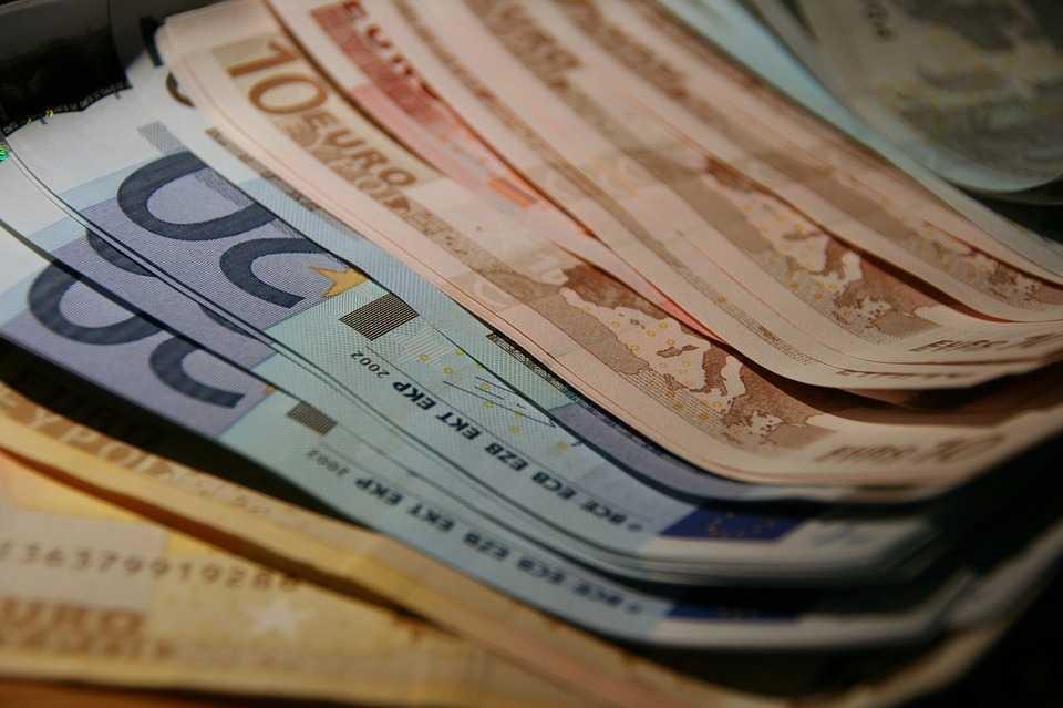С улиц исчезнут табло о курсах валют