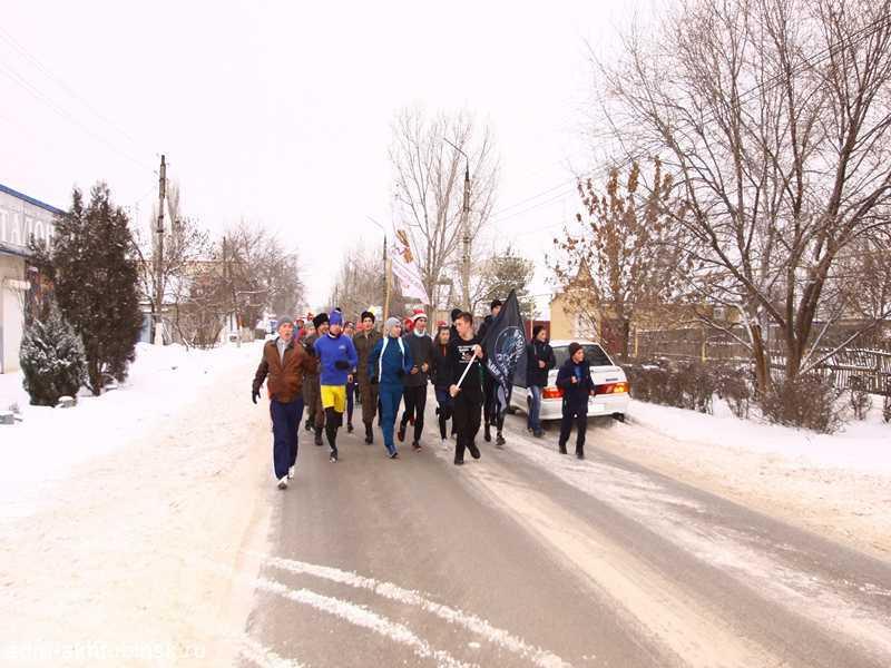 1 января в Ахтубинске по традиции прошла новогодняя пробежка за здоровый образ жизни