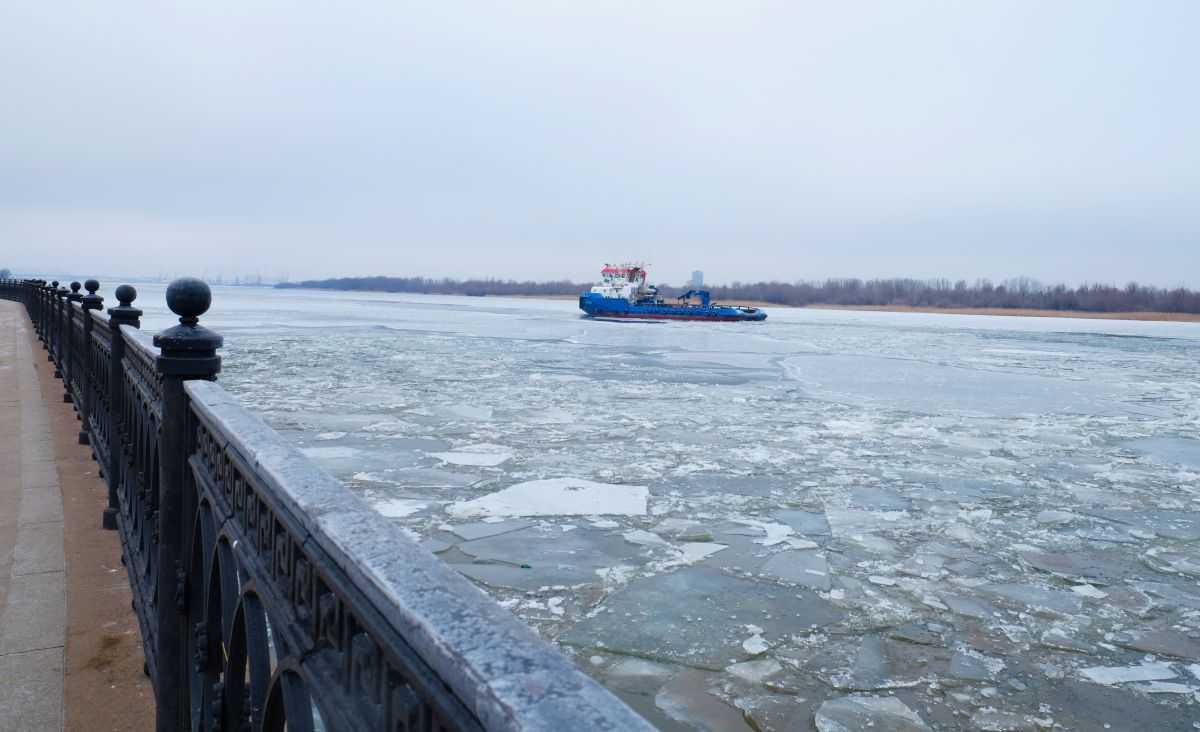 Волга стала похожа на Северный Ледовитый океан: об особенностях астраханской рыбалки
