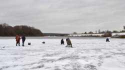 Будьте осторожны при выходе на лед