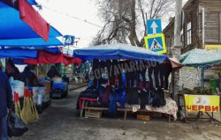 Виват, Исады! Астраханские депутаты зарубили увеличение штрафов за торговлю в несанкционированных местах