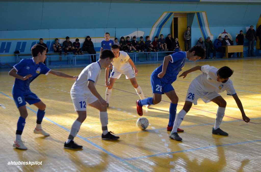 В междугороднем турнире по футболу все призовые места заняли команды из Астраханской области