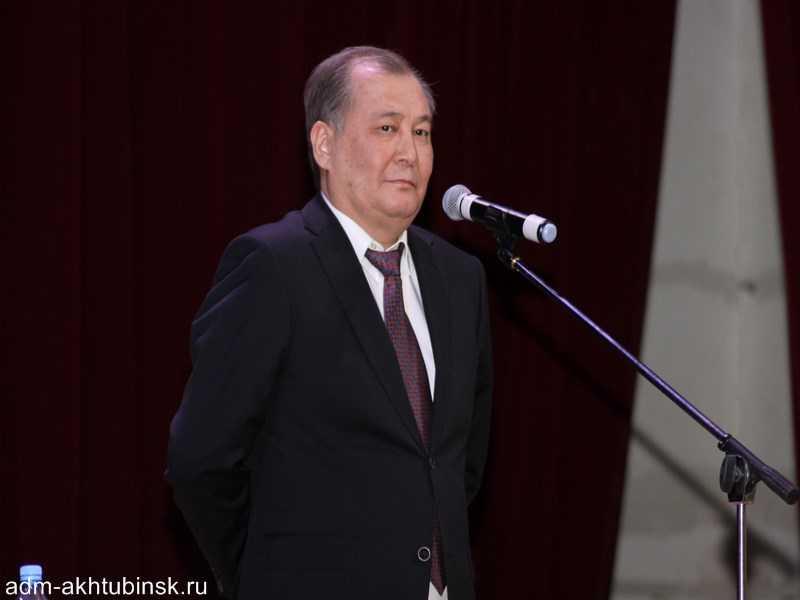 Глава городской администрации Ахтубинска отчитался перед жителями центральной части города об итогах деятельности