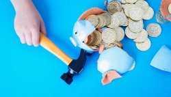 Астраханская область погасила 10 миллиардов госдолга