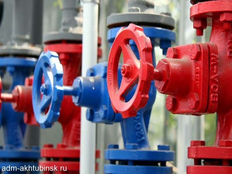 В Ахтубинске устранили аварию на сети холодного водоснабжения в Ахтубе