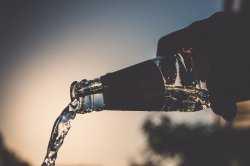 49 астраханцев умерли от отравления некачественным алкоголем