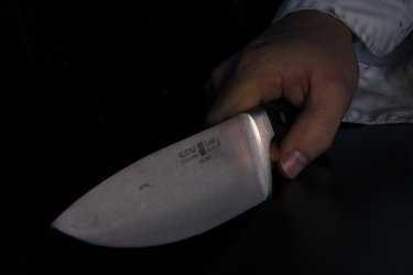 Астраханец зарезал супругу, отмечая покупку ноутбука