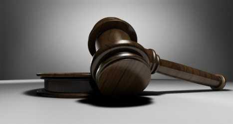 Астраханца ждет суд, за то, что он помешал работе оперативников