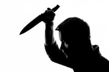 Отсидевший за убийство жены астраханец зарезал вторую супругу