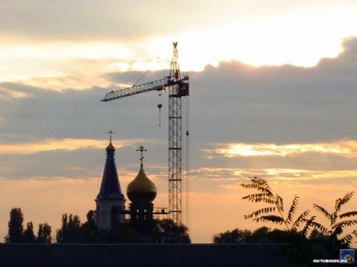 Храм в закате